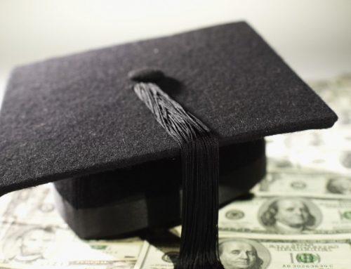 איך תסיימו את הלימודים ללא חוב גדול?
